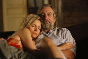 wizard-of-lies-robert-de-niro-michelle-pfeiffer-1