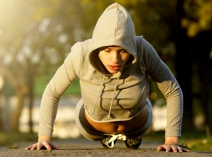 woman-pushup-fitness-trends